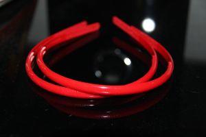Обруч 0,8см   округлый красный